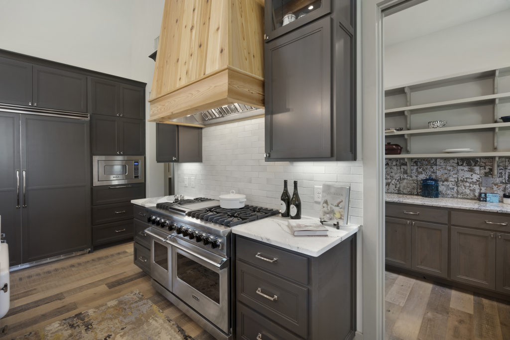 Cropped Custom Kitchen